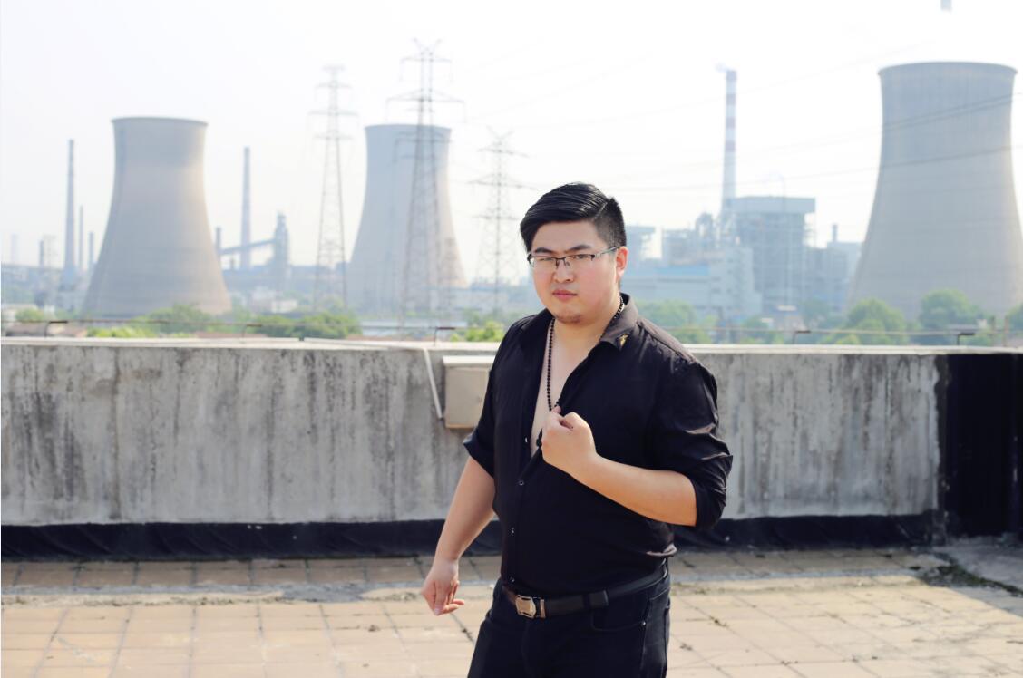 搞笑轻喜剧_武汉新华电脑学校
