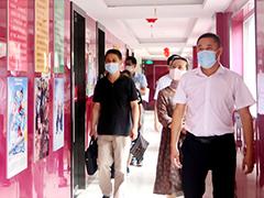 武汉市劳动就业管理局领导莅临武汉新华参观考察