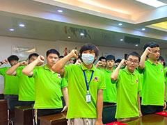 武汉新华21级综合新班开班典礼隆重举行!